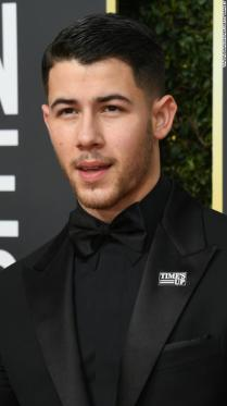 Nick Jonas arrives for the 75th Golden Globe Awards on January 7, 2018, in Beverly Hills, California. / AFP PHOTO / VALERIE MACON (Photo credit should read VALERIE MACON/AFP/Getty Images)