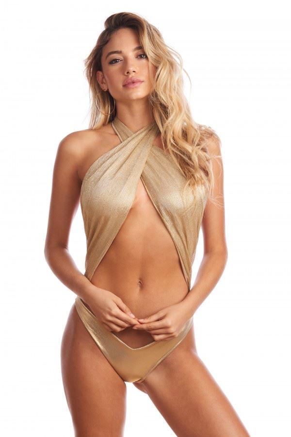 bikini-intero-a-fascia-colore-oro-moda-estate-2018-maxw-654
